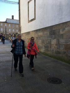 Fiona and Jo arrive in Santiago